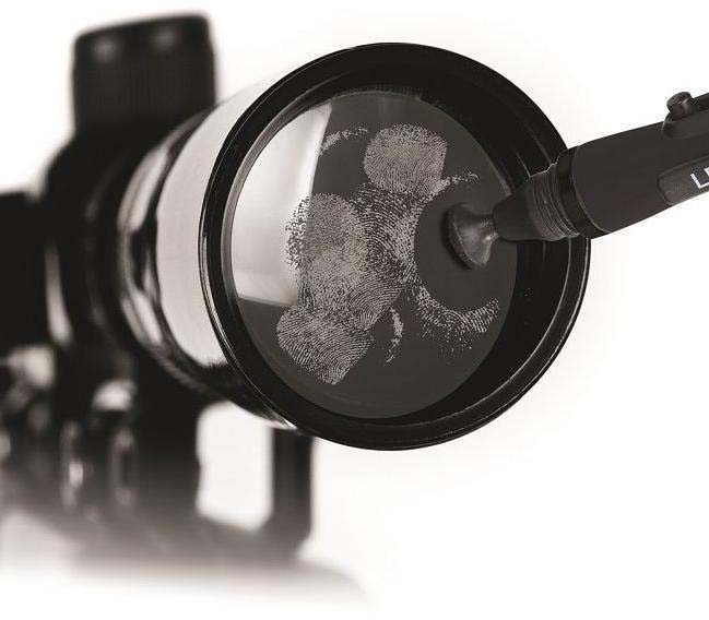 How-to-clean-your-binoculars-the-brush