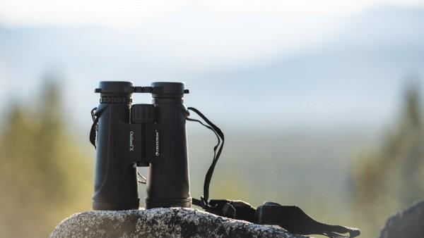 Celestron Outland X birdwatching