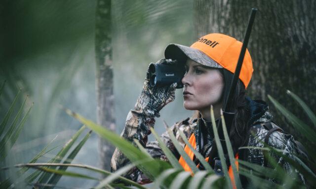 10x42 Fusion Bushnell Rangefinder binoculars in action bestbuybinoculars