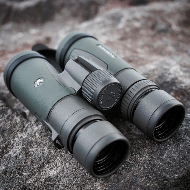 Vortex Razor HD binoculars 8x42 Best birding of Vortex binoculars reviewbestbuybinoculars